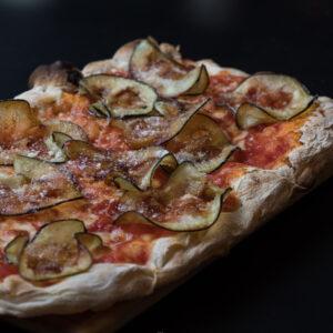 pinsa parmigiana